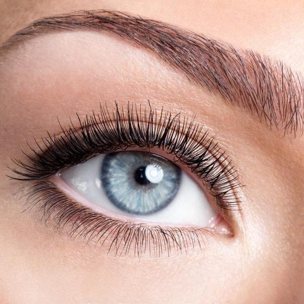 Tout-savoir-sur-la-micro-pigmentation-des-sourcils_carrousel_quejadore